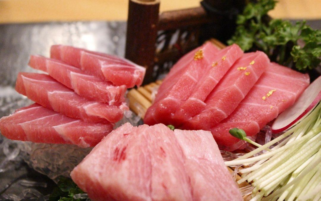 Atún: bajo en calorías y rico en proteínas